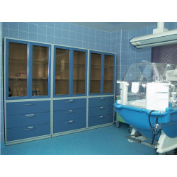 Медицинский шкаф AR 80